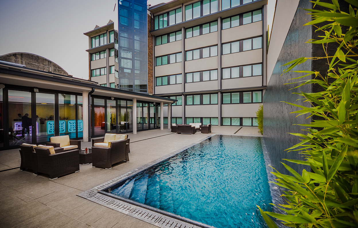 - Hotel con piscina milano ...